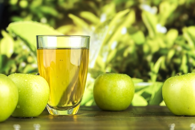 11 Amazing Benefits of Apple Cider Vinegar: Number 10 is really